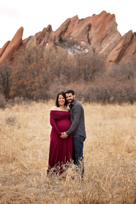 Outdoor Couples Maternity Photo